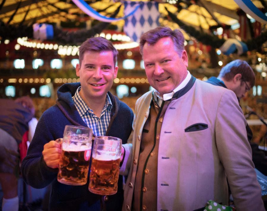 Here's Felix, one of the organizers of Bits & Pretzels along with the major of Bavaria. I was honored to be invited up on the stage with these two as we all sang the mayor Happy Birthday! 🙂